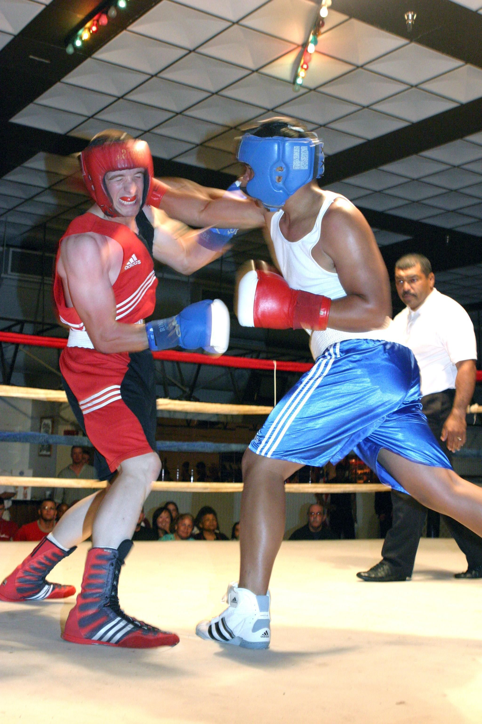 Ouch-boxing-footwork